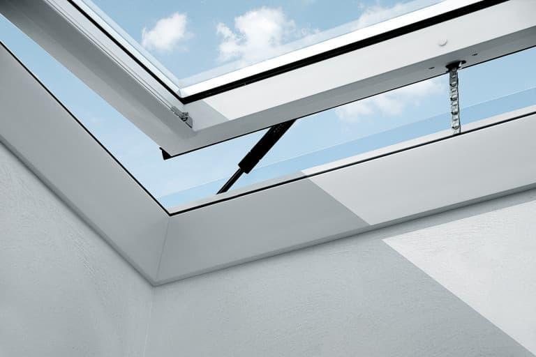 Velux CVP 0573 INTEGRA Зенитное окно с электроприводом (4)