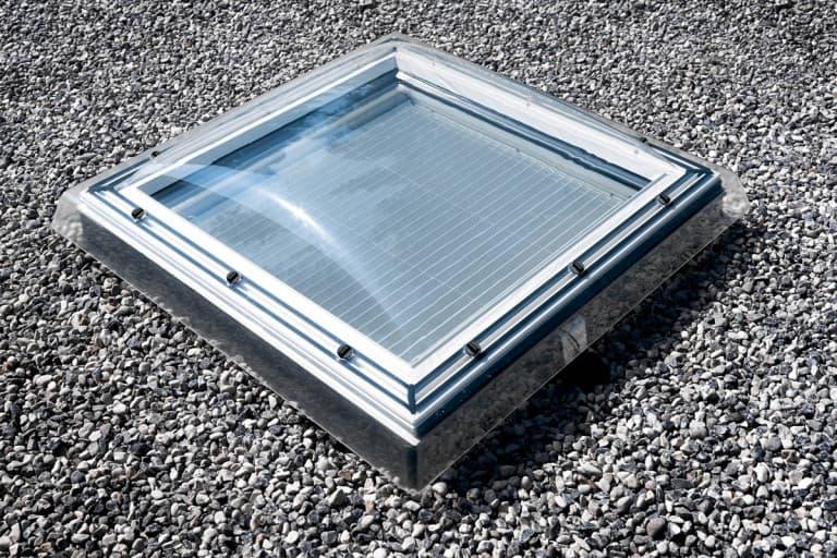 Velux FMG Штора-плиссе с электроприводом для зенитного окна (4)