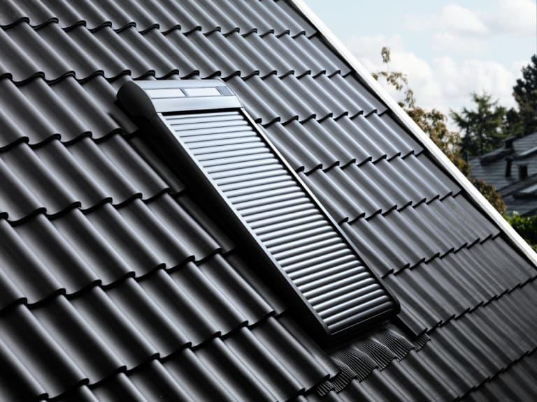 SSL Velux Роллета (рольставни) на солнечной батарее (1)