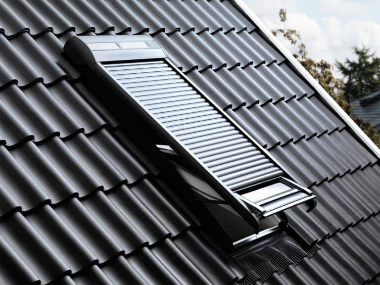 SSL Velux Роллета (рольставни) на солнечной батарее (3)