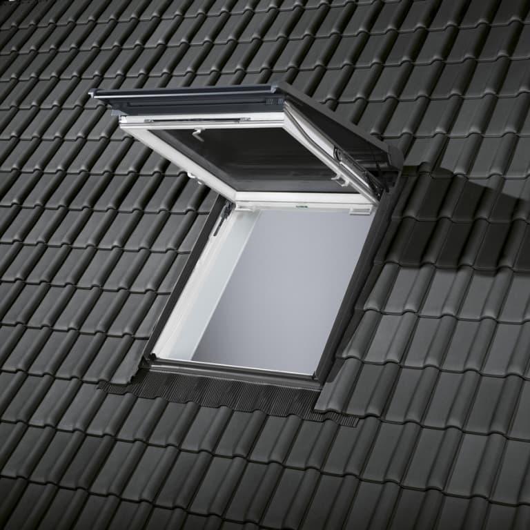 SSL Velux Роллета (рольставни) на солнечной батарее (6)