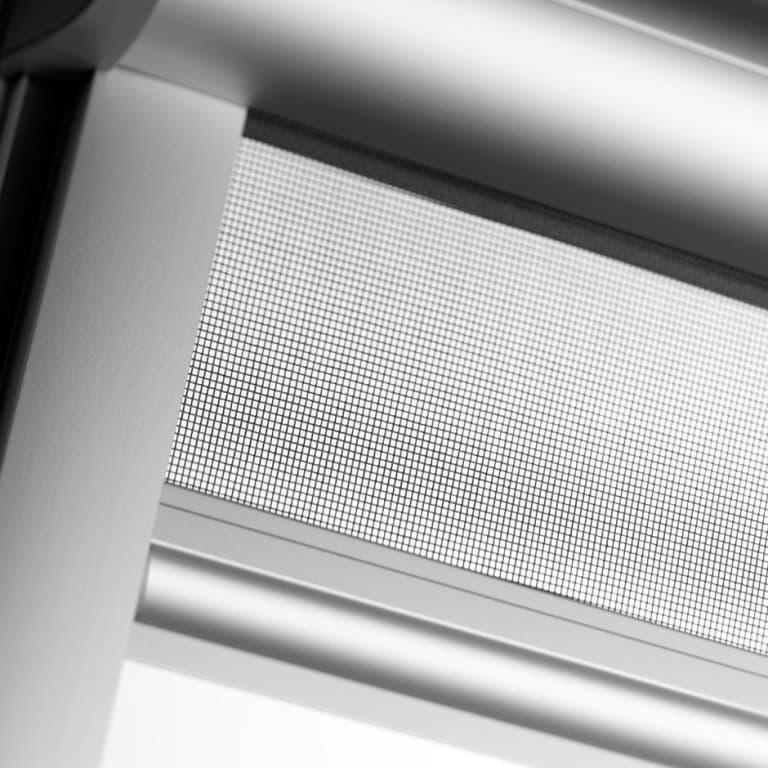 ZIL Velux - Москитная сетка для мансардного окна (1)