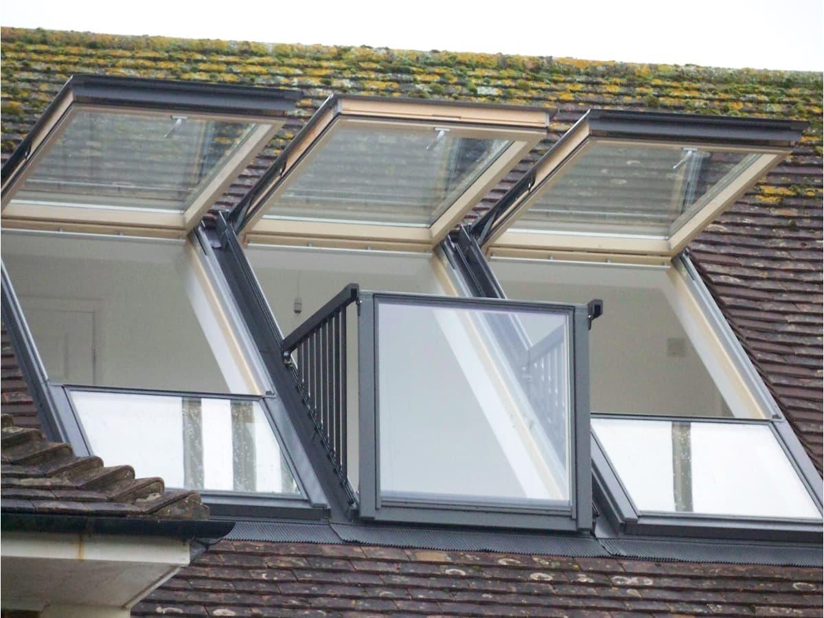 Balcony roof window - craftmine.co.