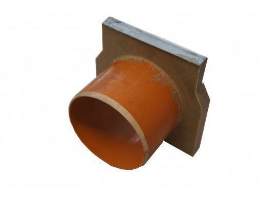 torcevaya-stenka-aco-gala-polimerbeton-s-patrubkom-110-mm-iz-pvh-01